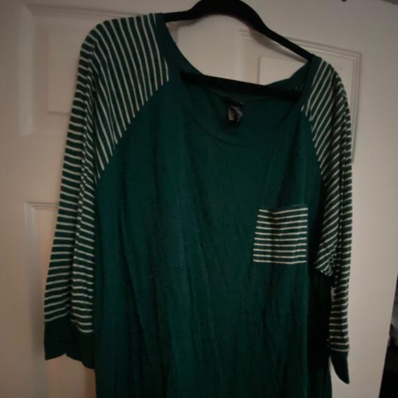 3/4 length sleeve T-shirt